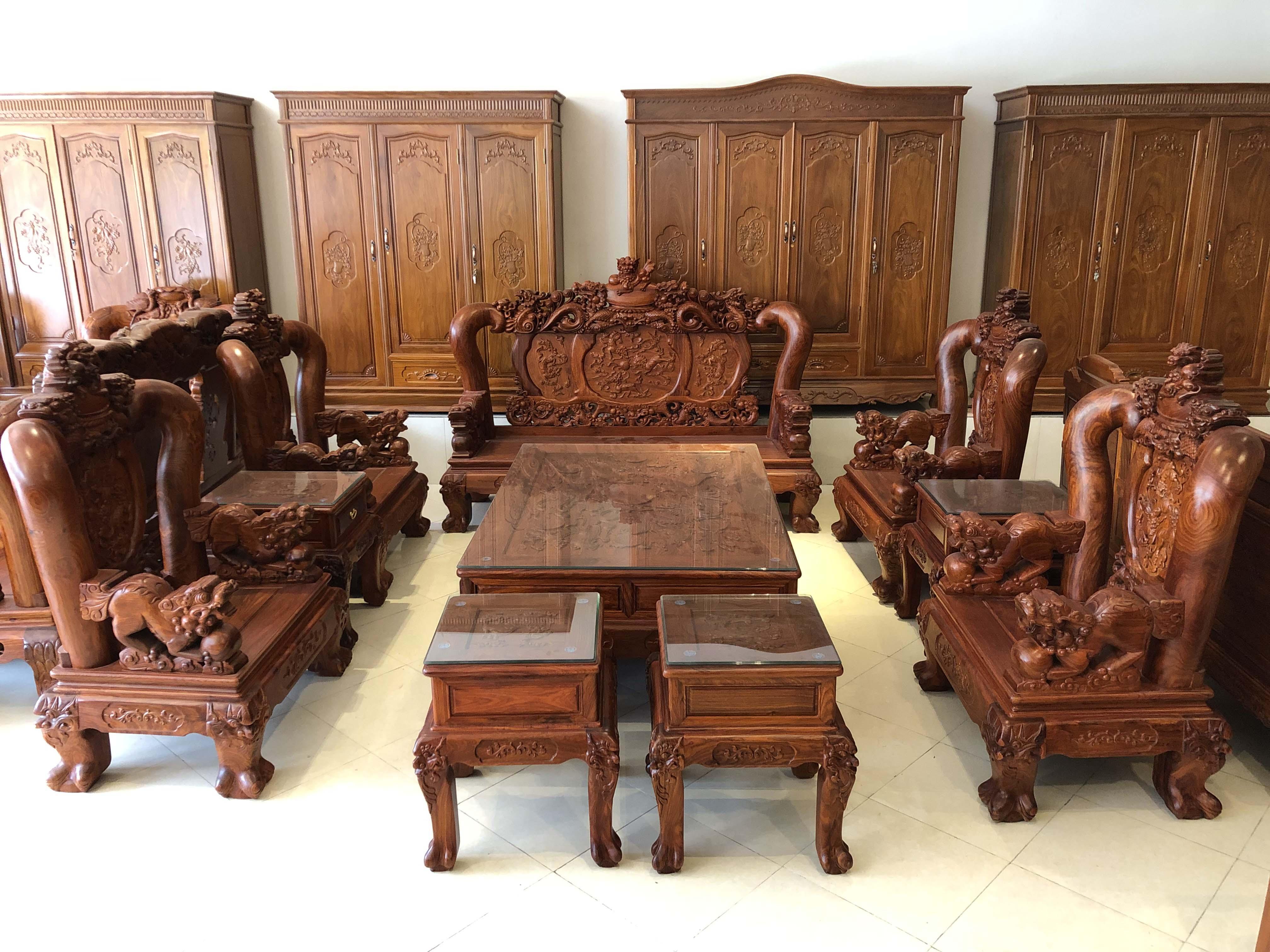 bàn ghế nghê đỉnh gỗ hương vân (1)