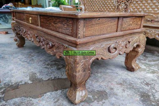 Hình ảnh chi tiết chiếc bàn của bộ bàn ghế